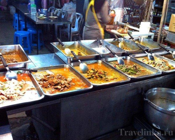 Krabi thailand ao nang walking street (1)