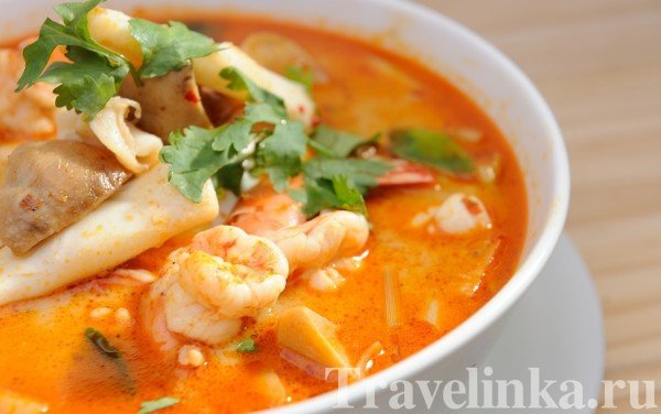 tom-yam-sup-spicy-shrimp-soup