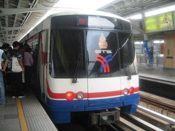 Наземное метро BTS в Бангкоке - популярный транспорт в Таиланде