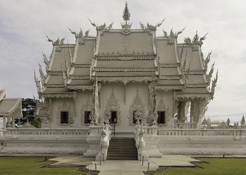 Чианграй белый храм