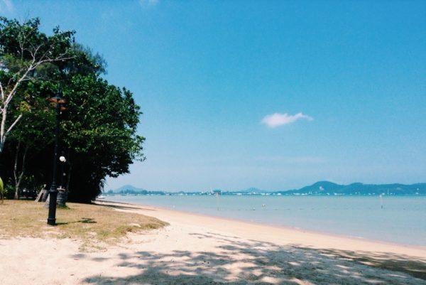 Пляж Чалонг на Пхукете