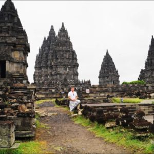 Индонезия, о. Ява. Путешествие к «чудесам света» Промбанан и Борбудур.