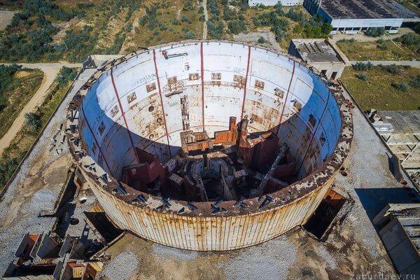 экскурсия к заброшенной Крымской атомной электростанции