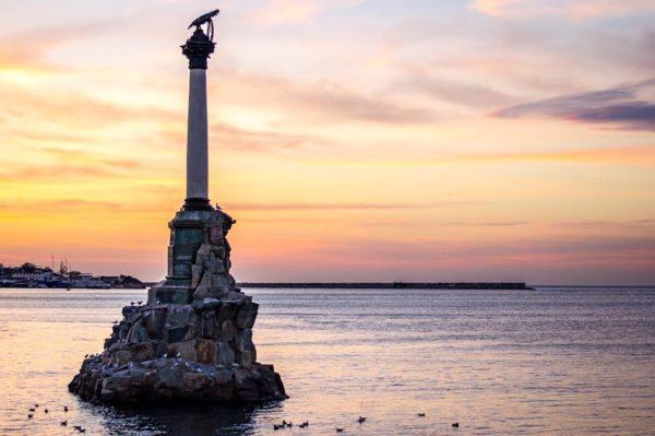 Цвета Черного моря  50 оттенков в разные времена года