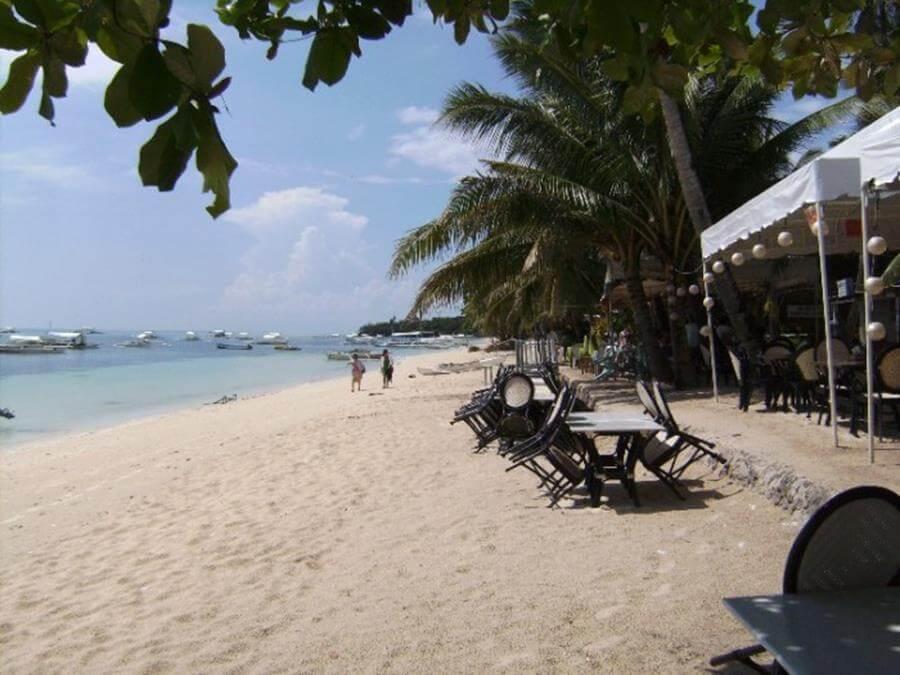 пляжа Алона