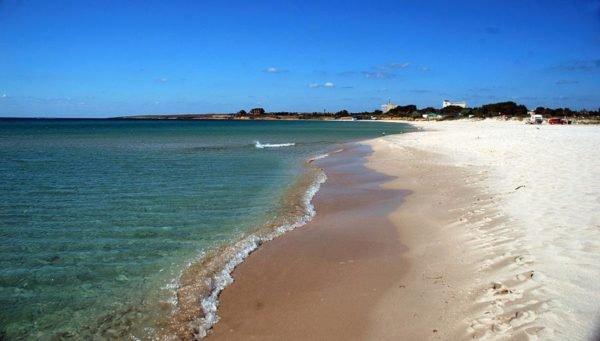Дикие пляжи Ярлыгачской бухты