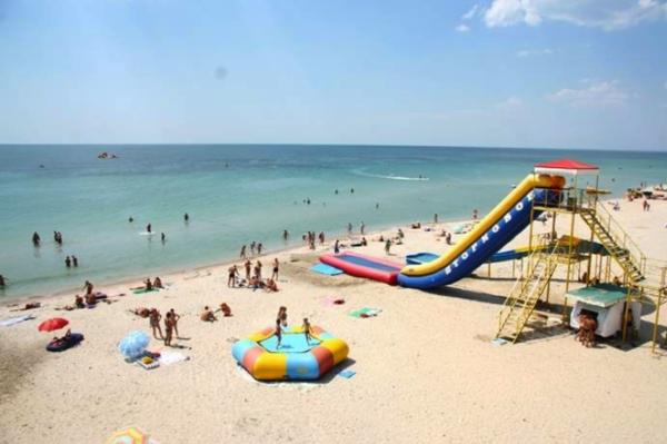 Чистые пляжи Крыма