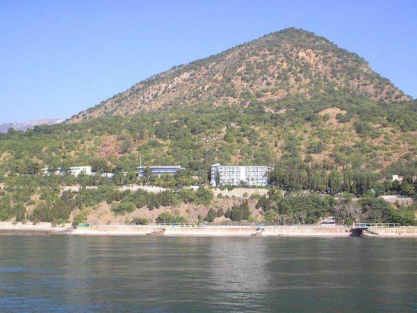 Чем заняться в Лазурном на отдыхе в Крыму