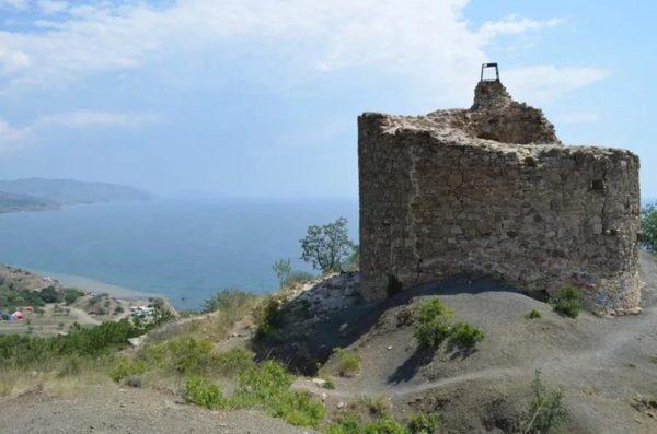 останки крепости Чабан-Кале