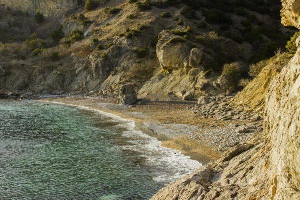Крабья бухта и Черепаший пляж