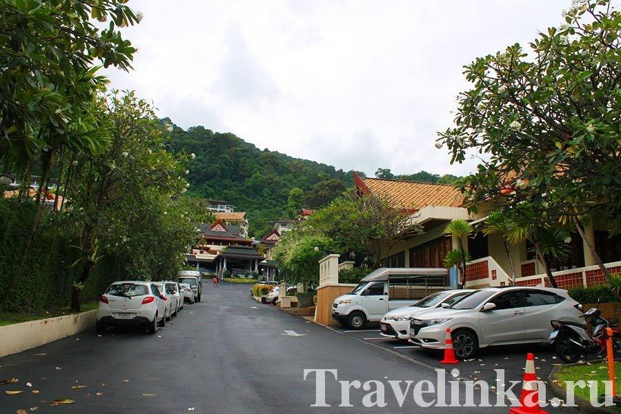 Centara Blue Marine Resort & Spa Phuket 4