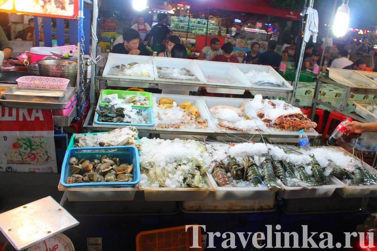 ночной рынок на Пхукете Патонг