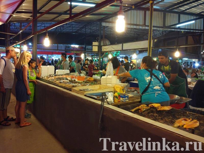 ночной рынок на Ката Бич