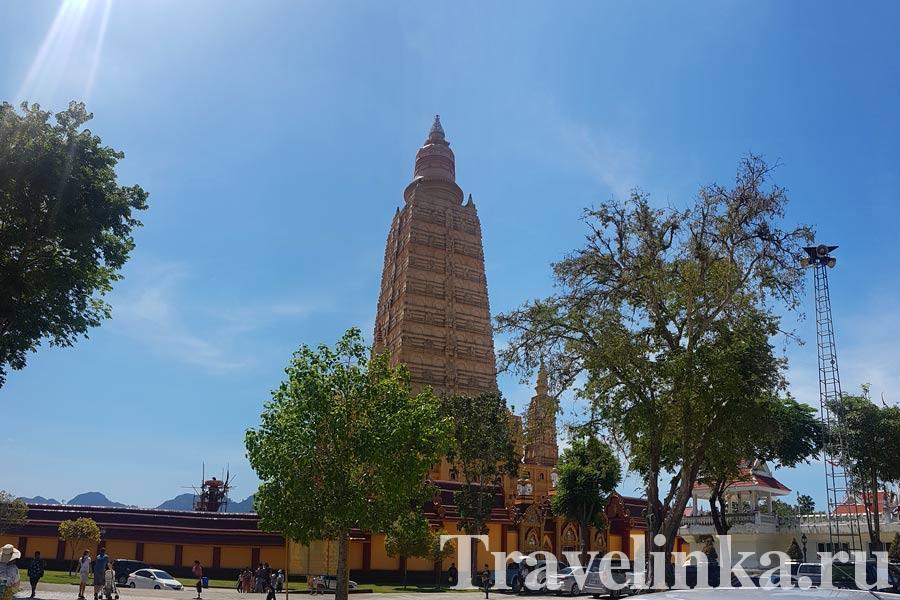 Као Лак экскурсии храм Wat Maha That Wachiramongkol