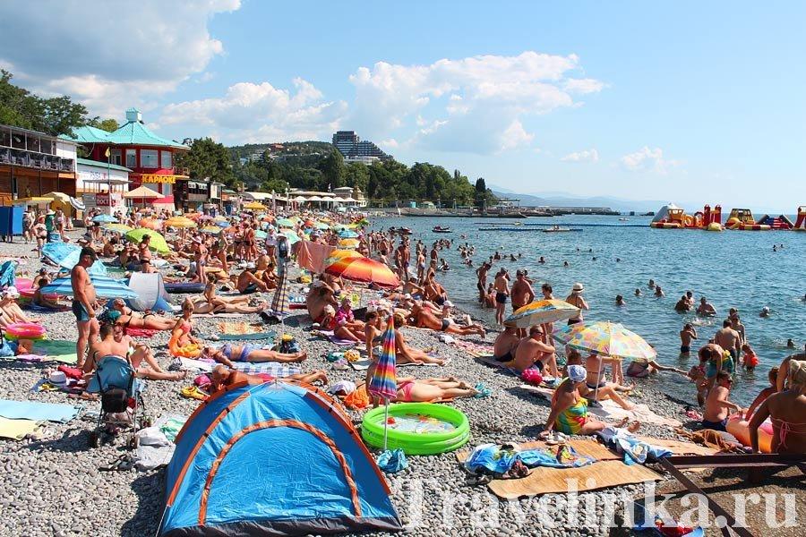 Сезон в Крыму в августе в Алуште