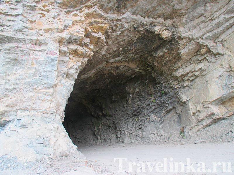 Тоннель по дороге Дигория