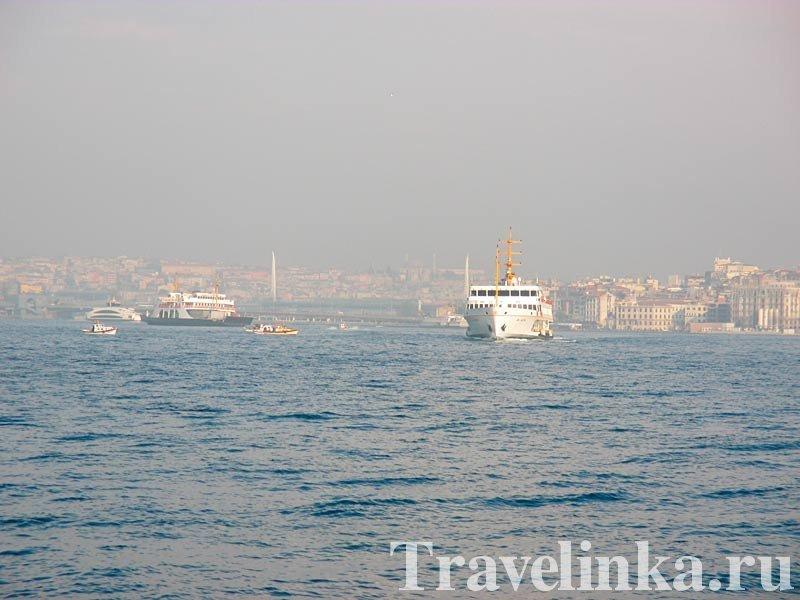 Плывем по Босфору