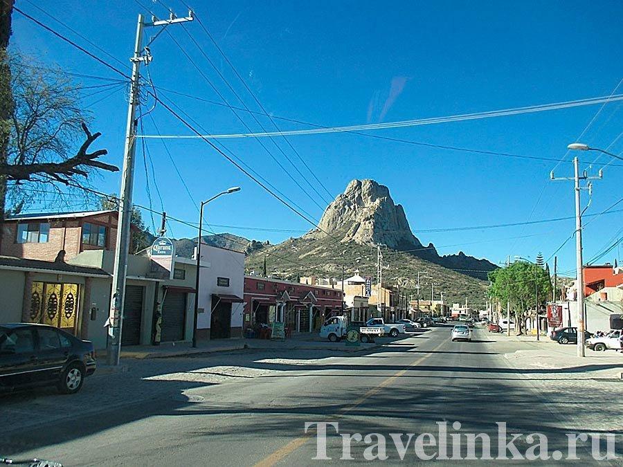 Дорога к городу Берналь