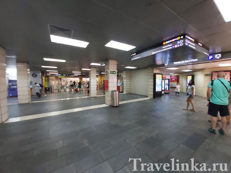 Барселона. ЖД вокзал на площади Испании