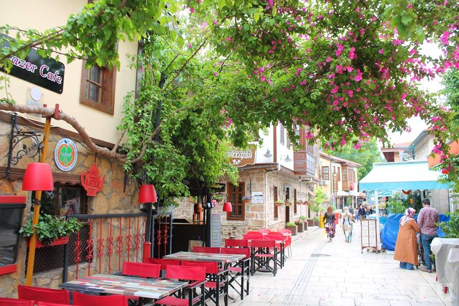 Старый квартал Калеичи в Анталье