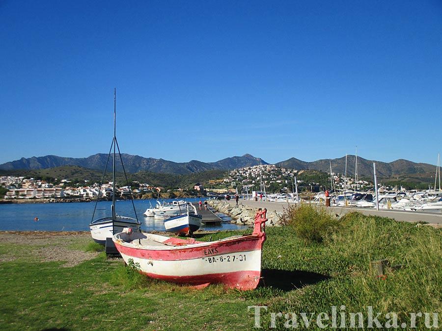 Порт Льянса Каталония Испания