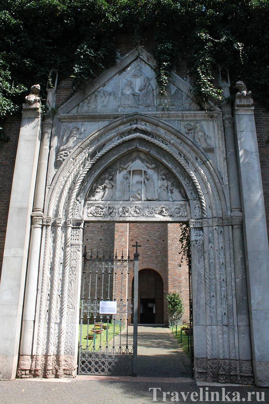 Церковь Св. Иоанна-евангелиста - самая древняя в Равенне