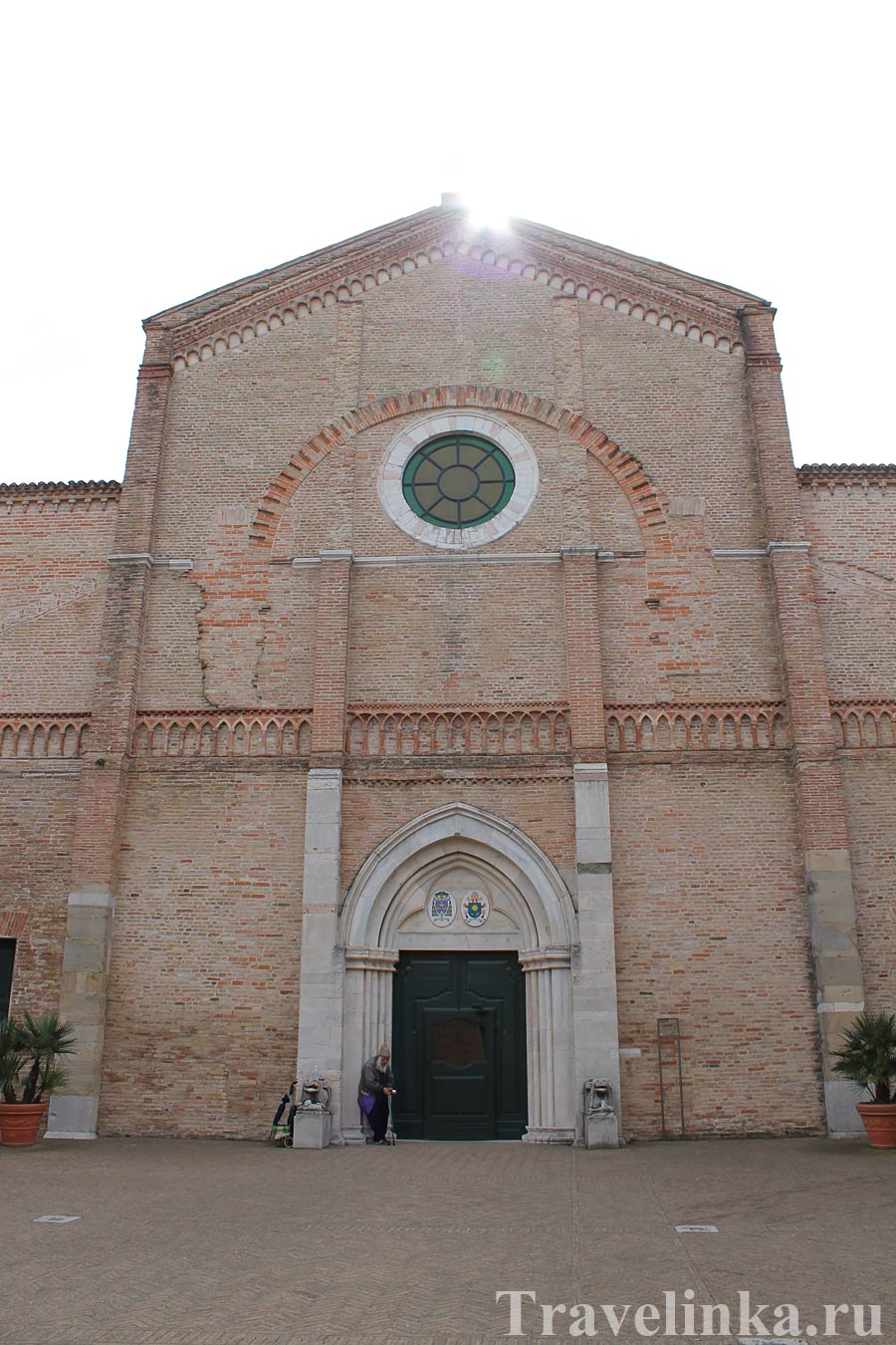 Кафедральный собор Санта-Мария-Ассунта, Пезаро Италия
