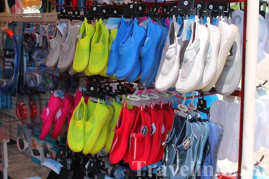 Обувь для плавания в Будве