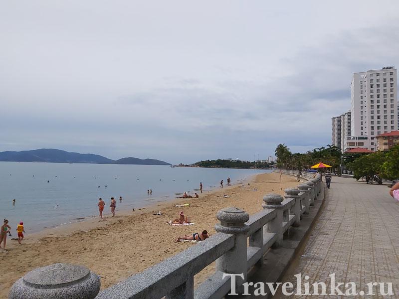 Пляж Нячанга напротив отеля WonderLand#8