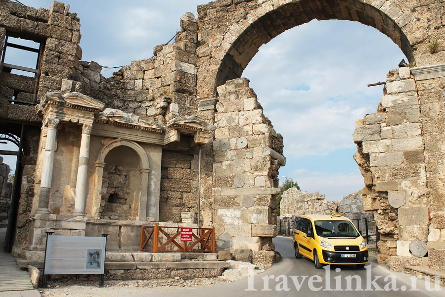 Античный город Сиде в Турции